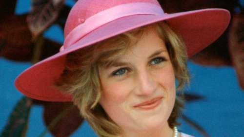 27 Times Diana, Princess Of Wales Was The Ultimate Summer Beauty Muse