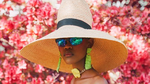 Accessoires zum Köpfe verdrehen: 4 afrikanische Hutmacherinnen im Porträt
