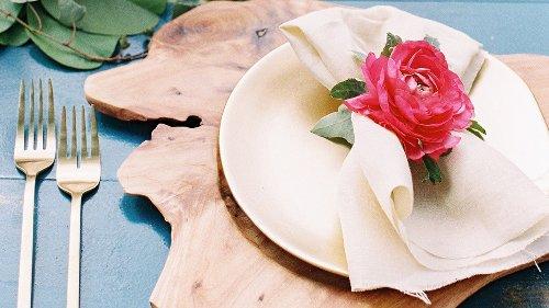 Valentinstag 2021: 5 Tipps für ein romantisches Candle-Light-Dinner zu Hause