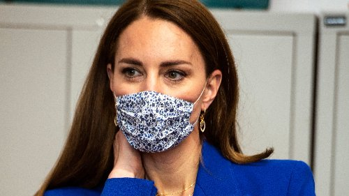 Kate Middleton recupera una chaqueta azul de Zara para recrear un icónico look de Lady Di