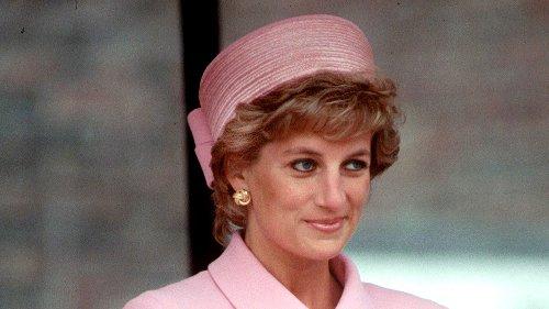 Todas la veces que Lady Di se vistió de rosa (y fue perfecto)