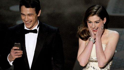 Por qué los Oscar que presentaron Anne Hathaway y James Franco son recordados como unos de los peores