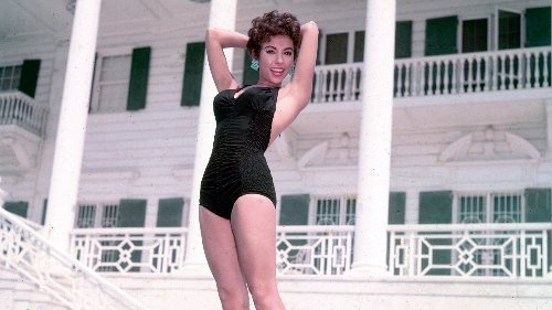 Rita Moreno, la actriz latina que hizo historia en los Oscar y se convirtió en icono pop pasados los 80