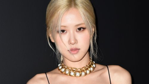 Video: Rosé, from Blackpink, gets ready for the Saint Laurent fashion show