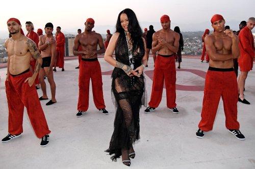 Comment être sexy en 2021 ? Les conseils de Rihanna dévoilés à l'approche du show Savage x Fenty