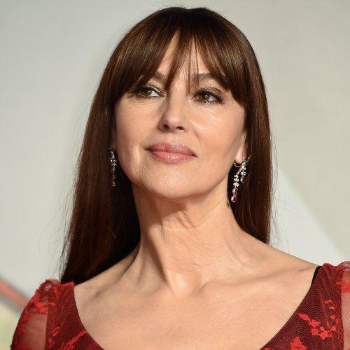 Frange : la coiffure tendance pour avoir l'air plus jeune après 50 ans