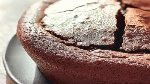 La recette du fondant chocolat au caramel beurre salé de Cyril Lignac