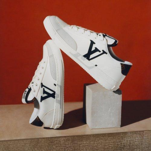 Louis Vuitton lance sa première sneaker unisexe