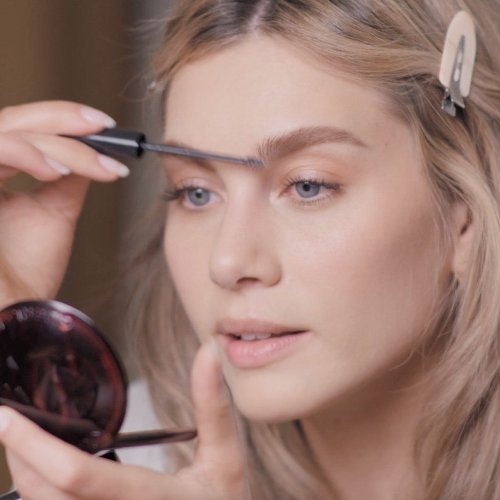 How to get the Parisian makeup look in 10 minutes