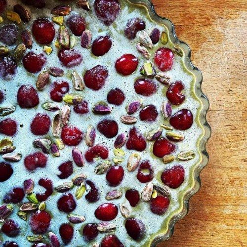 La recette du clafoutis aux cerises et pistaches de Stéphanie Le Quellec
