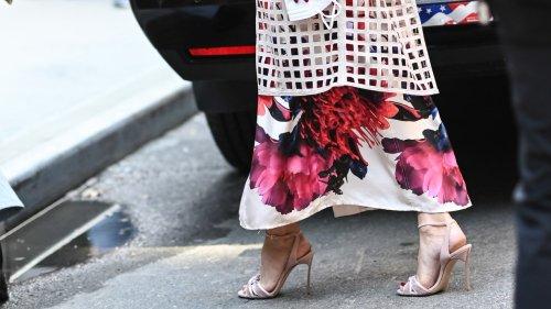Vestito lungo: 5 modelli di scarpe di tendenza da abbinare
