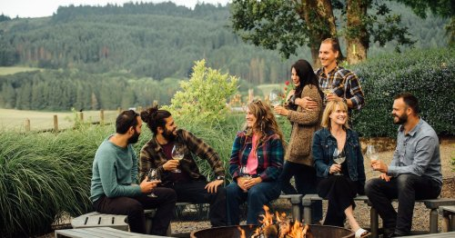A Guide to Walk-In Wine Tasting in the Willamette Valley