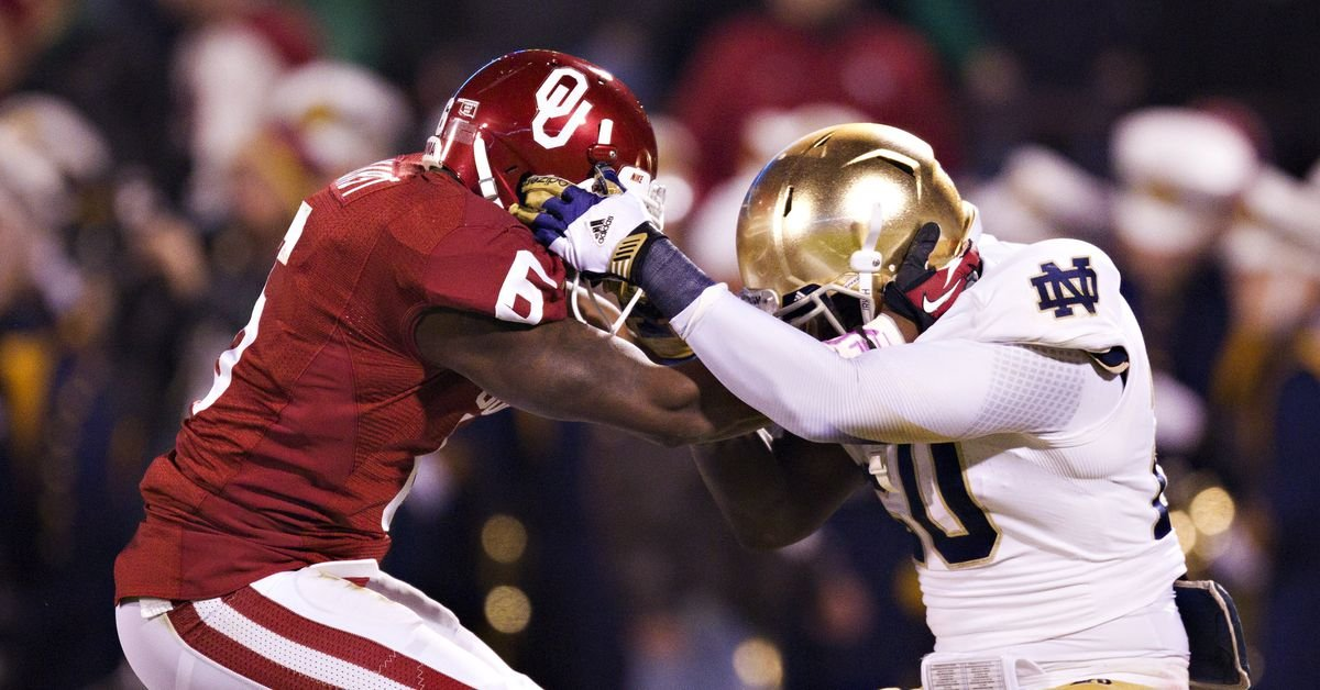 How would a move by Texas and Oklahoma to the SEC affect Notre Dame?