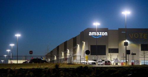 Amazon workers vote down Alabama union campaign