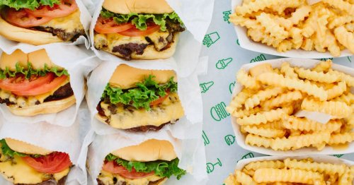 Why Shake Shack Opened at Dodger Stadium Instead of In-N-Out Burger