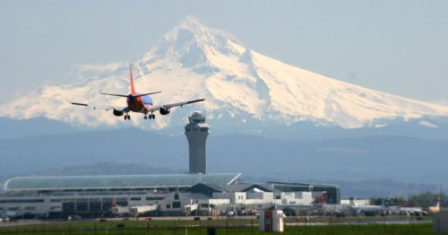 Which Restaurants Are Open at Portland International Airport