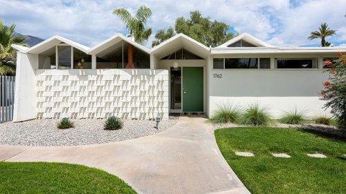 Modernist two-bedroom condo in Palm Springs seeks $469K