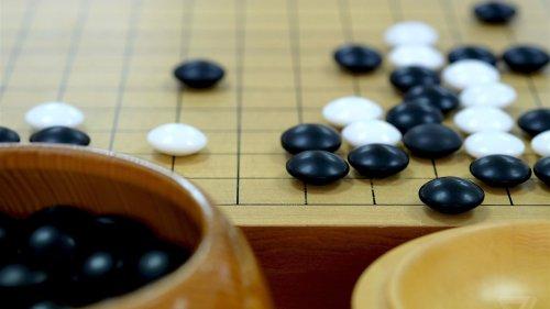 Google's AI will battle Go world champion live on YouTube