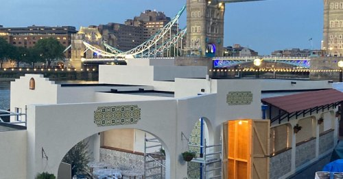 New Faux-Mediterranean Bar on the Thames Trolls Londoners Unable to Go on Holiday