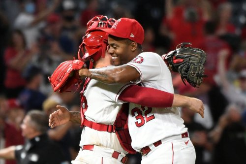 Angels 8, Rockies 7: Angels deny the Rockies' comeback