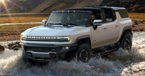 Hummer's new electric SUV can drive diagonally, with 300 miles of range and a $110,000 price tag