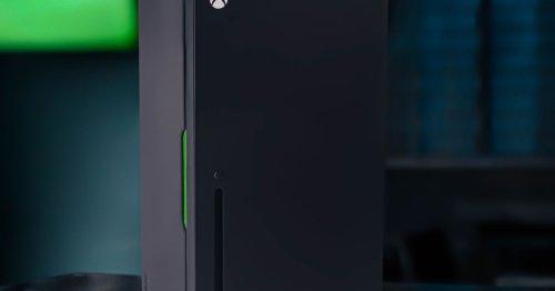 Xbox Series X mini fridge preorders begin on October 19th for $99.99