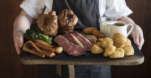 Michelin-Starred Pub Asks Londoners Not to Mess Up Its Sunday Roast