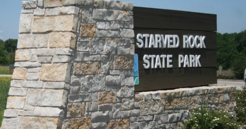 3 killed after apparently igniting black powder near Starved Rock State Park