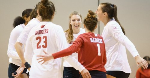 Wisconsin volleyball: Badgers advance to Round of 16 with sweep of Weber State