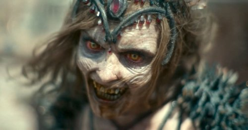 Zack Snyder's full Army of the Dead trailer unleashes Vegas' undead tigers
