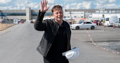 Elon Musk says Tesla will once again accept bitcoin