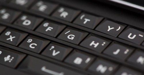 A new 5G BlackBerry phone with Android and a physical keyboard will arrive in 2021