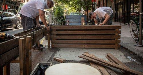 De Blasio Orders Restaurants to Tear Down Unused Outdoor Dining Structures ASAP