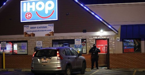 Woman shot inside Evanston IHOP after being taken hostage by gunman who was later killed by police