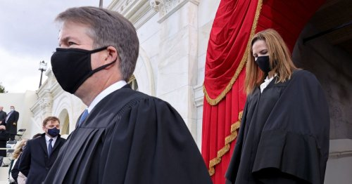The future of vaccine mandates will likely come down to Brett Kavanaugh and Amy Coney Barrett