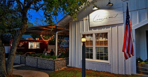 A Weekend Guide to the Texas Hill Country's Wine Road 290