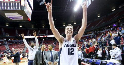 How this Utah State basketball player scored an NIL deal to promote Taco Time bean burritos