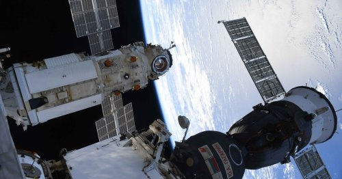 Russia blames software glitch for misfired engines that shoved ISS