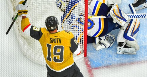 Golden Knights 4, Blues 1: Reilly Smith records first career hat trick in series finale against St. Louis