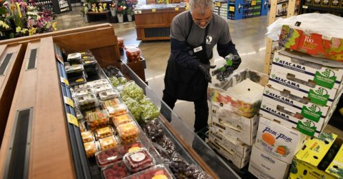 Expanded SNAP benefits helping college students during COVID