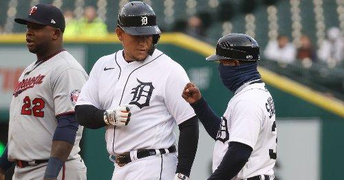 Tigers 3, Twins 7: Raindrops keep falling on my head...