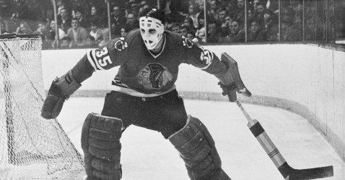 Tony Esposito, Blackhawks' all-time winningest goalie, dies at 78