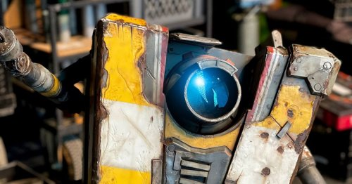 Borderlands movie filming wraps, offers first (real) look at Claptrap