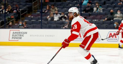 Red Wings re-sign Marc Staal to a one-year deal