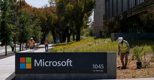 Microsoft will require proof of COVID-19 vaccination to enter buildings in the US