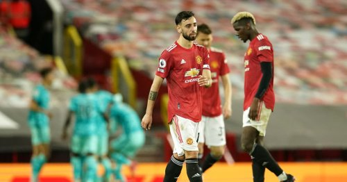 Manchester United 2-4 Liverpool: Chaotic defending costs United against rivals