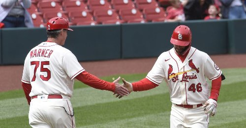 Cards offense saves bad managing and bad pitching in 9-8 win over Rockies