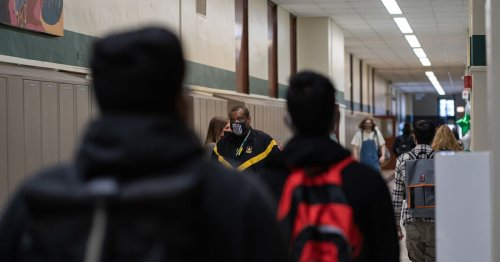 Chicago lost another 10,000 students this fall