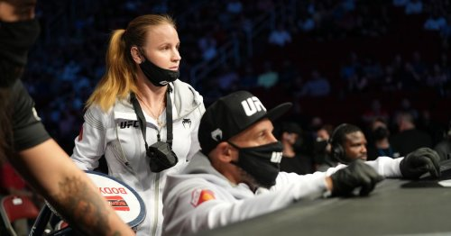 Video: Valentina Shevchenko was fired up in Antonina's corner at UFC 262