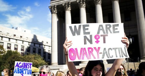 Texas's anti-abortion law is back at SCOTUS. Here's what's different this time around.